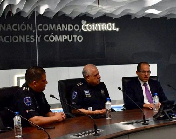 En el encuentro, celebrado en el Centro de Coordinación, Comando, Control, Comunicaciones y Cómputo (C5), el comisionado dio a conocer al Ombudsman las acciones realizadas por la actual administración apegado al Plan Estatal de Pacificación