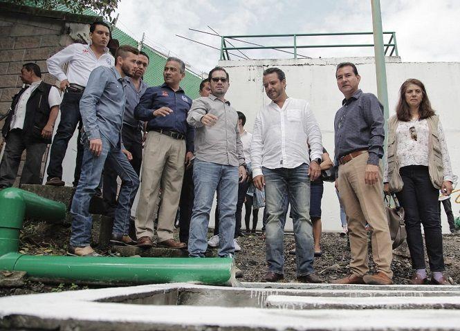 Fernando Blumenkron Escobar, director General del Sistema de Agua Potable y Alcantarillado del Municipio de Cuernavaca (SAPAC), informó al presidente municipal y a la ciudadanía en general que el organismo descentralizado ha generado estrategias de acciones concretas que tienen como objetivo el sanear el agua que llega al río Apatlaco