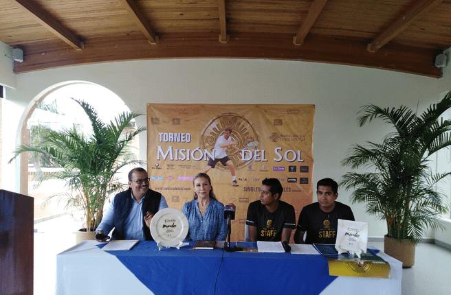 """En la presentación Hellen Peña, directora del Fideicomiso de Turismo FITUR, se encargó de dar la bienvenida y señaló: """"De acuerdo al consejo del turismo mexicano, que el 25 por ciento de ingreso generado en nivel mundial en el turismo, fueron a través del deporte, por eso la gran importancia para nosotros el promover este tipo de eventos""""."""