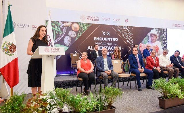 Natália Rezende dio la bienvenida a la titular del Sistema DIF Nacional, María del Rocío García Pérez, a los representantes de los DIF estatales y municipales y a la Organización de las Naciones Unidas para la Alimentación y la Agricultura (FAO), que se dieron cita en esta actividad