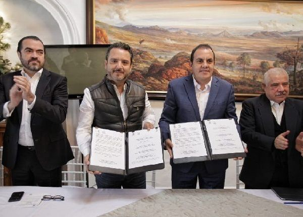 """""""Firmamos con responsabilidad el convenio para trabajar en unidad y recuperar la tranquilidad de nuestra gente"""", afirmó el presidente municipal, quien fue respaldado por todos los miembros del Cabildo de Cuernavaca"""