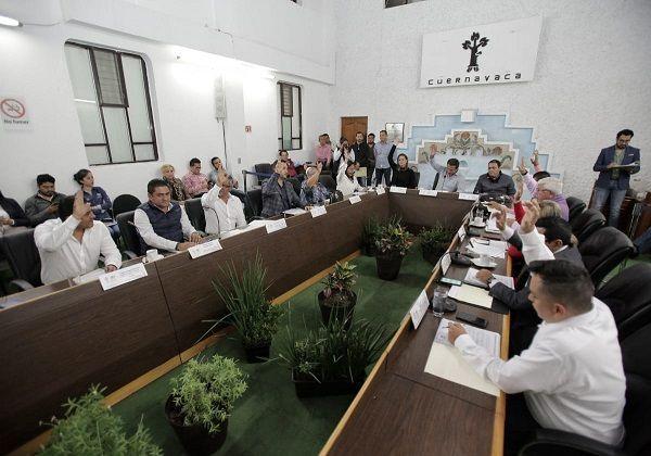 Bajo esta consideración, el pleno del Cabildo de Cuernavaca aprobó la noche de este jueves, por unanimidad, el corte de caja a diciembre y cuarto trimestre de 2019, durante la Primera Sesión Ordinaria de 2020