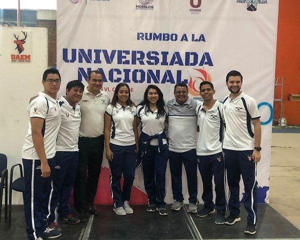 En este sentido, el director de Deportes de la UAEM, Álvaro Reyna Reyes, manifestó que han tenido constante comunicación, vía telefónica y redes sociales, con los deportistas universitarios, respetando las recomendaciones emitidas por las autoridades sanitarias