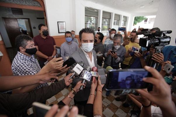 Así lo dijo luego de que la comuna fue notificada que fue concedida la medida cautelar solicitada por el Poder Ejecutivo de Morelos, respecto del acuerdo relativo a la reapertura económica en Cuernavaca, información contenida en el documento relativo al incidente de suspensión de la controversia constitucional 93/2020
