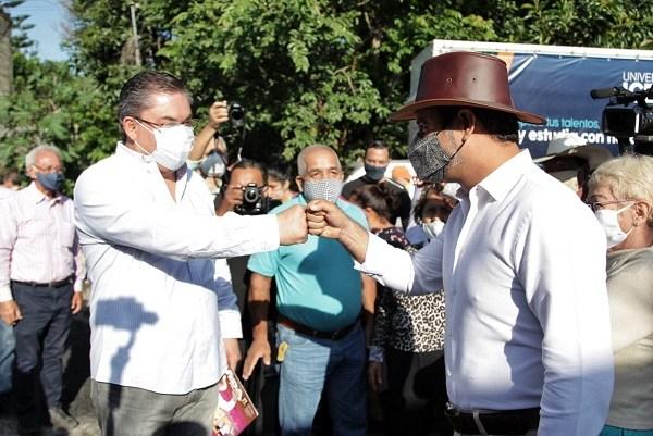 El punto de encuentro entre los presidentes municipales fue la calle Calvario de la colonia Emiliano Zapata, ampliación Satélite colindante al poblado de Atlacomulco