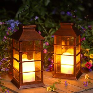 Lot de 2 Lanterne Solaire Exterieur Lampe Solaire de Jardin IP44 Imperméable Vintage Lumière en Plastique Accrochant Éclairage Décorative LED LumièRes de Bougie pour Garden Patio Couloir FêTe