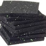 Lot de 100 patins de terrasse en granulés de caoutchouc de 8 mm 90 x 90 mm