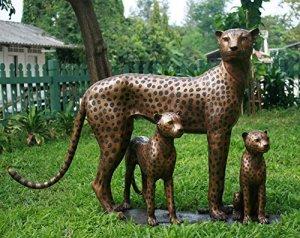 H. Packmor GmbH Sculpture en bronze véritable Famille léopard en bronze