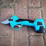 Unknow Tondeuse électrique sans Fil, 16.8V Rechargeable Tree Trimmer Eluning Cut Garden Electric Scissors Tool avec Deux Piles sèches Taille-haie électrique