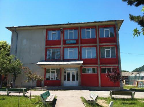 Notele obtinute la Evaluarea Natională 2018 de elevii de la scolile gimnaziale din Lupeni