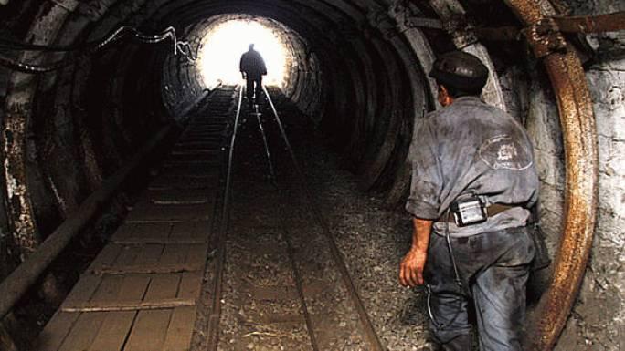 Directorul-Societatii-Inchideri-Mine-Valea-Jiului-a-demisionat