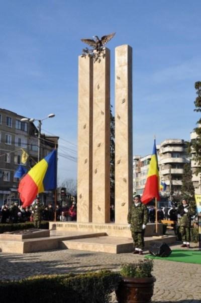 monument brad2