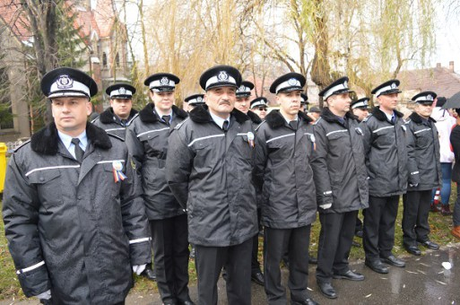 Primăria Vulcan angajează polițiști locali