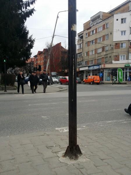 semafor ruginit (2)