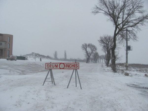Avertisment al DDJ HD / Mai multe sectoare de drumuri județene sunt închise pe timpul iernii