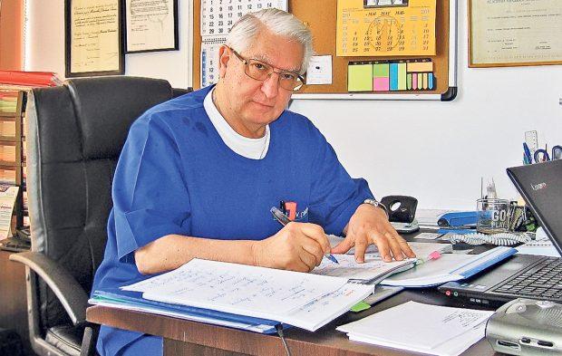 Neurochirurgul Vlad Ciurea: Dormiți fără telefonul mobil în apropiere, fumați trabuc …