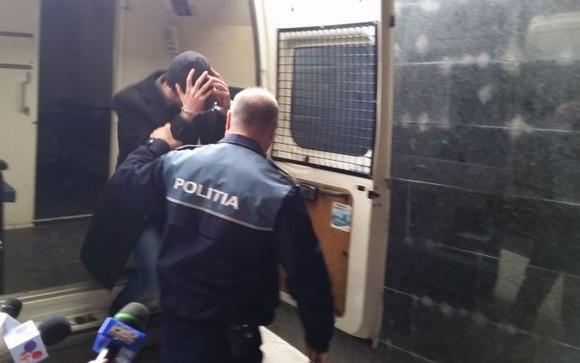 Om de afaceri din Hunedoara, reţinut de poliţişti pentru comiterea unei infracţiuni de evaziune fiscală cu un prejudiciu de peste 1.000.000 lei