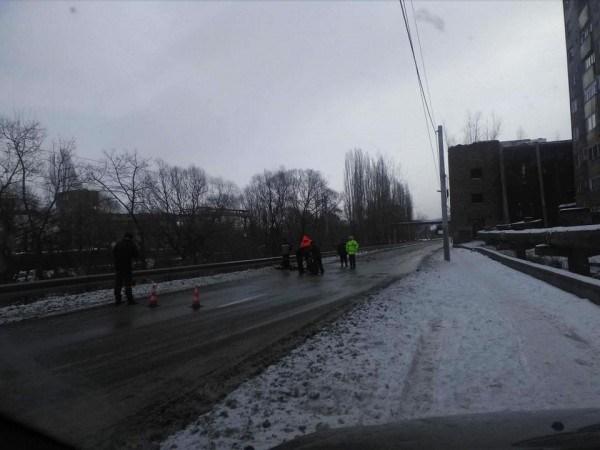Intervenție la -15 grade a celor de la Apa Serv la Lupeni