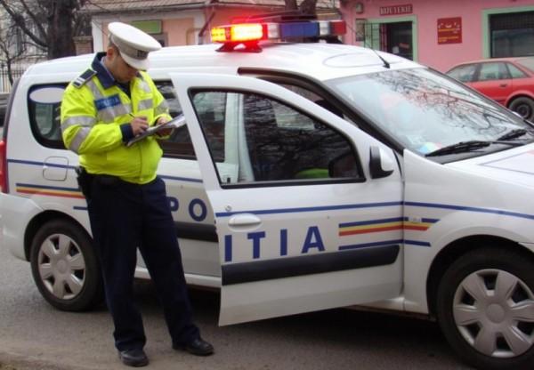 Tamponat de un atoturism condus de un șofer fără permis