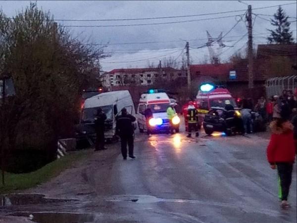 UPDATE. Accident GRAV la ieşirea din municipiul VULCAN
