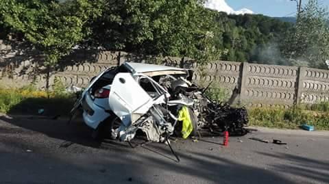 GALERIE FOTO. Accident CUTREMURĂTOR  la intrarea în municipiul Lupeni dinspre URICANI