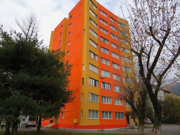 Primul bloc de locuințe reabilitat pe bani europeni la Petrila