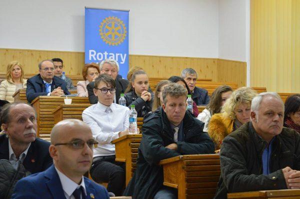 """""""Integritate pentru prosperitate"""", un valoros seminar derulat la Petroșani de Clubul Rotary"""