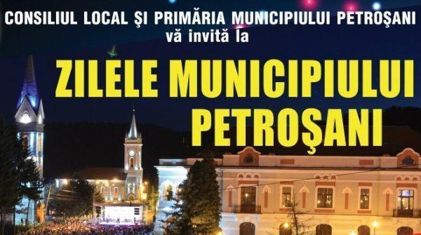 """Pregătiri la Petroșani pentru """"Zilele Municipiului"""""""