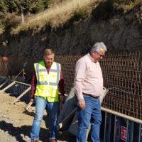 Fapte, nu vorbe! Se fac ultimele pregătiri pentru turnarea asfaltului pe drumul spre Parâng