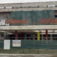 """La Lupeni se lucrează intens la modernizarea Cinematografului """"Cultural"""""""