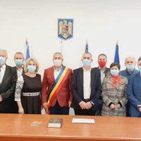 Dănuț Buhăescu și-a început oficial al cincilea mandat de primar al orașului Uricani