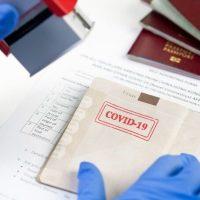 OMS este împotriva utilizării paşaportului de vaccinare pentru călătoriile internaţionale: A cere dovada imunizării este un gest lipsit de echitate