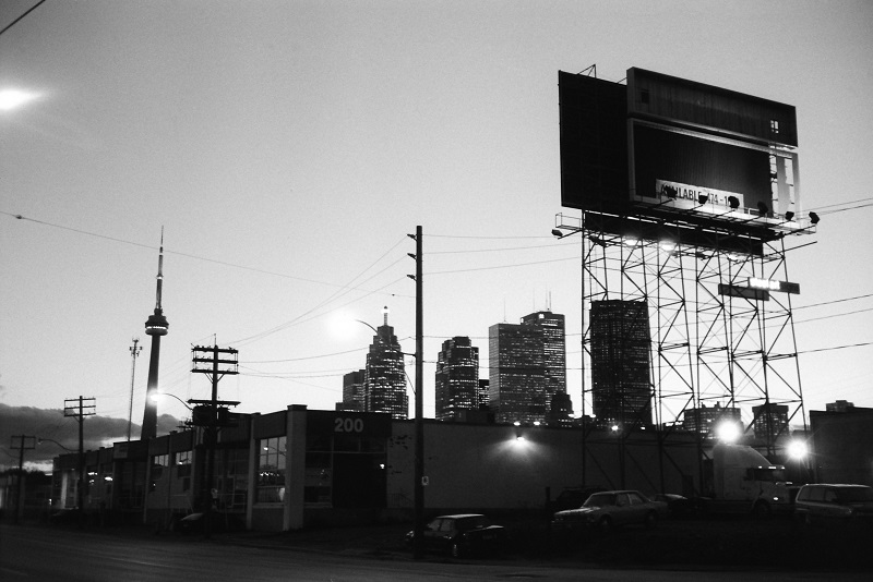 Toronto, social media, Friday roundup, blog, 1997, Avard Woolaver