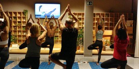 Yoga para mi bienestar. Me escucho, me cuido, me quiero