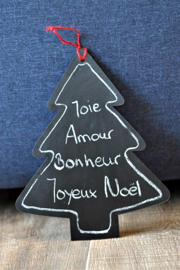 """Billet """"Décorations de Noël"""" paru sur www.avecpanache.ch"""