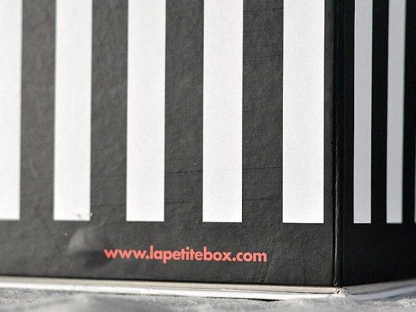 """Billet """"La petite box"""" paru sur www.avecpanache.ch"""