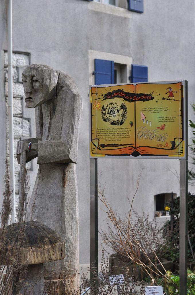 """Billet """"La balade de la sorcière à la Neuveville"""" paru sur www.avecpanache.ch"""