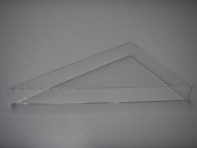 Vitrine plexiglas triangle
