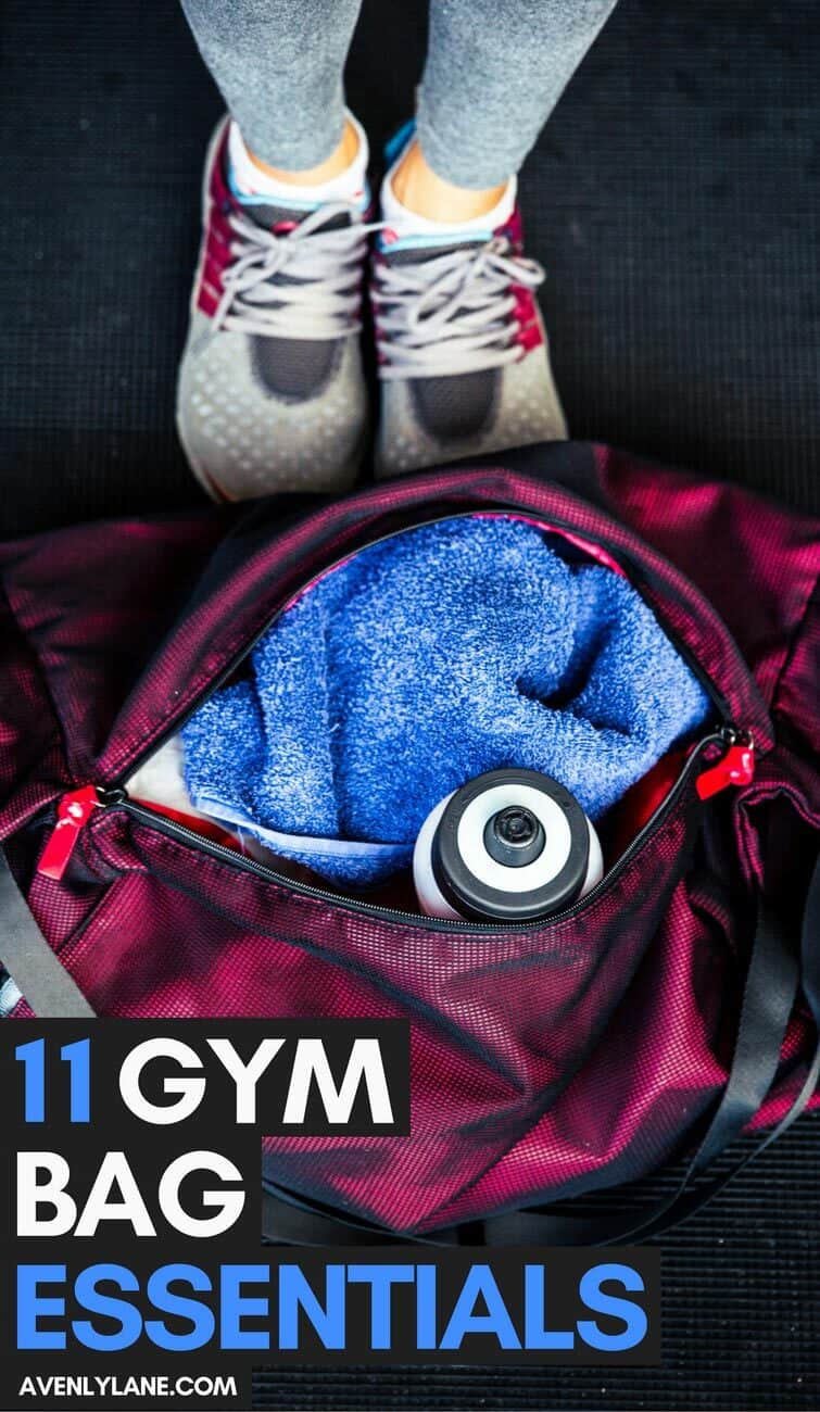 How to Pack a Gym Bag. 11 Gym Bag Essentials For Her You Won't Want o go to the Gym Without! #Fitness