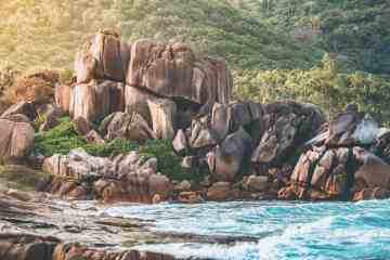 Anse Source d'Argent | La Digue (Best Beach in Seychelles!)