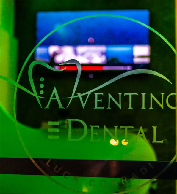 Aventino Dental Logo Nero