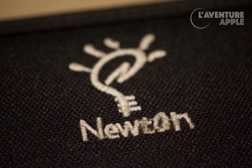Apple Newton case Logo Fail 1
