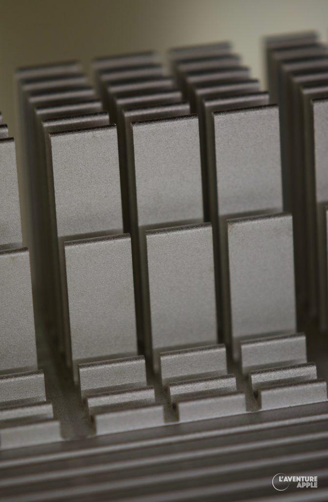 Apple PowerMacintosh G4 heatsink motherboard