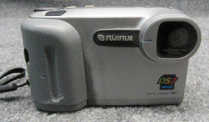 Apple QuickTake aka Fujifilm DS-7