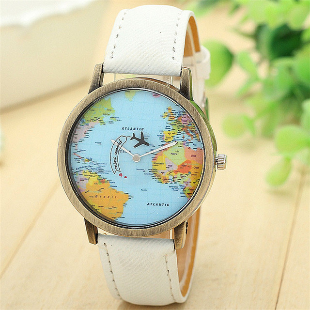 montre globe trotter blanche