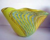 "Melvin Anderson, ""Yellow Shell"", 2014 Van Tetterode Amsterdam, hoog 32, breed 50 cm."