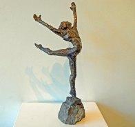 """Jits Bakker, """"Ballerina"""", brons, hoog 53 cm."""