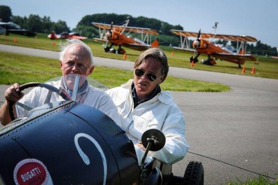 De heer Jessen had een speciale gast in zijn Bugatti.