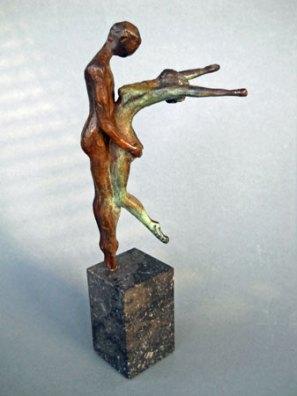 """Ellen Welten, """"Overgave"""", brons."""