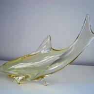 "Miroslav Januku, ""Dolfijn"",geblazen glas, breed 35 cm."